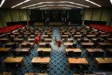 Anggota DPR RI sampaikan keprihatinan muncul klaster perkantoran
