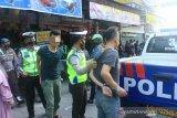 Lawan arus, dua pemotor di Pekanbaru tertangkap tangan bawa narkoba