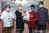 Balai disabilitas Palu serahkan puluhan paket sembako ke Pemkab Sigi
