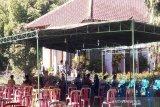 Jenazah Ajip Rosidi akan dikebumikan di makam  keluarga di Magelang