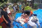 Dapat sumbangan dua sapi kurban, warga binaan Lapas Padang makan kalio dan sup daging bersama