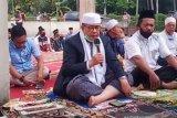 Wagub Sumbar Idul Adhabersama masyarakat transmigrasi Situang