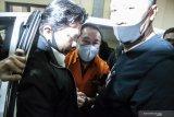 Sampai di Tanah Air Djoko Tjandra dibawa ke  Bareskrim Polri untuk jalani pemeriksaan