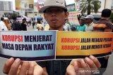 Artikel - Menyoal fenomena pengurangan hukuman koruptor di tingkat PK