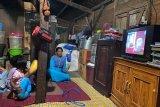 PLN berhasil menerangi satu kecamatan di Sumbawa hingga 24 jam