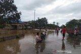 Tiga daerah di Sulteng waspada banjir dan tanah longsor