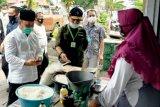 Tinjau kondisi perekonomian, Gubernur kunjungi UMKM di Sampit