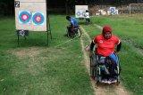 Latihan panahan persiapan Peparnas dan Asean Para Games