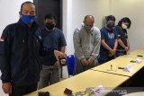 Petugas ringkus lima pegawai BNN gadungan yang menyekap warga