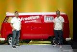 Ardhito Pramono, Nadin Amizah & Barasuara di kampanye IM3 Ooredoo