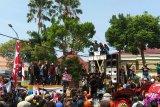 Ratusan pekerja seni di Surabaya demo minta Perwali 33/2020 dicabut