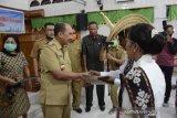 Pemkot Kupang fasilitasi nikah massal