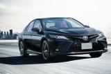 Toyota Camry hadir serba hitam unutk rayakan hari jadi ke-40