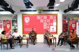Lomba tebak busana adat Presiden-Ibu Negara saat HUT RI