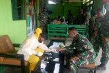 62 prajurit TNI di Dogiai lakukan tes cepat COVID-19