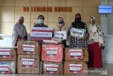 Telkomsel bantu APD paramedis di RS Lancang Kuning