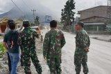 Erupsi, masyarakat jauhi zona merah Gunung Sinabung