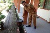 Kreatif, SMAN Agam Cendekia modifikasi pot bunga  jadi tempat cuci tangan cegah COVID-19