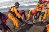 Tim SAR temukan satu korban kecelakaan laut Pantai Goa Cemara