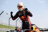 Verstappen kalahkan duet  Mercedes pada balapan HUT ke -70  F1