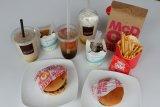 Burger nasgor hingga es krim teh botol hadir di menu MCD