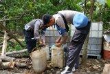 Polisi Pariaman masih kembangkan kasus penemuan ribuan liter premium oplosan