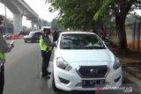 Hari pertama pemberlakuan ganjil genap, polisi tilang 1.063 kendaraan