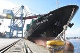Kapal dengan panjang 160 meter kembali sandar di Pelabuhan Boom Baru