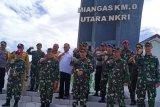 Pangdam XIII/Merdeka dampingi kepala BAIS kunjungi di Pulau Miangas