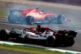 Vettel tuduh Ferrari kacaukan balapan di Sirkuit Silverstone Inggris