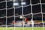 Penalti Fernandes bawa MU melaju ke semifinal Liga Europa