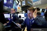 Wall Street bervariasi, S&P 500 dan Nasdaq ditutup capai rekor tertinggi