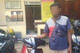 Polresta Jayapura tangkap penadah motor curian di Padang Bulan