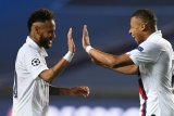Bos PSG menegaskan Neymar dan Mbappe musim depan tetap di Paris