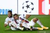 PSG bersumpah untuk tetap pertahankan Neymar dan Mbappe