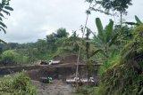 Diduga Ilegal, Camat bilang tambang galian C di Desa Karangsidmen Loteng berizin
