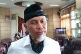 Wali Kota Padang sesalkan masih banyak warga tak mengibarkan bendera merah putih