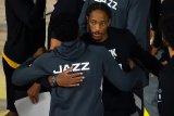 Jazz hempaskan Spurs, 118-112