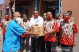 BUMD Boyolali serahkan bantuan suplemen bagi warga yang isolasi mandiri