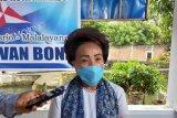 Wakil Ketua DPRD Manado Reses di Malayang dan Bantu Alat Rapid Tes
