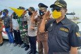 Ratusan Bendera Merah Putih berkibar di laut Kepulauan Sangihe