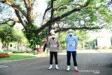 Presiden Joko Widodo pimpin upacara penurunan bendera Merah Putih
