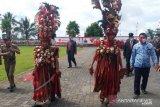 Pakaian perang 'Kabasaran' warnai upacara HUT Kemerdekaan RI di Minahasa Tenggara