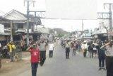 Unik! Peringatan detik-detik HUT RI digelar di Jalan Raya Loteng (Video)