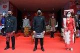 Mendikbud  Nadiem Makarim gunakan songket Palembang pada perayaan HUT RI ke-75