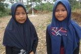 Dua anak Suku Badui Muslim sukses kibarkan bendera Merah Putih