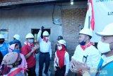 PLN melistriki Dusun Bonto Panno di Kabupaten Maros
