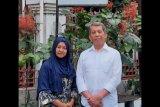 Bersama istri, dr. Subagyo berjuang membantu