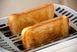 Cara membuat 'Berry Sesame Toast', sarapan berbahan stroberi