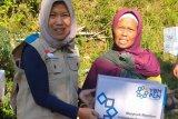 PLN Magelang salurkan bantuan sembako untuk warga Gunung Sumbing